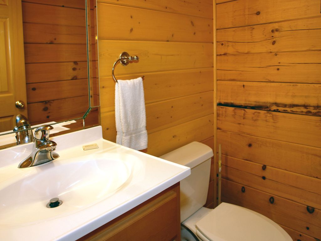 Pigeon Forge 2 Bedroom Suites Pigeon Forge Cabin Swimming Pool Cabin Homeaway Pigeon Forge