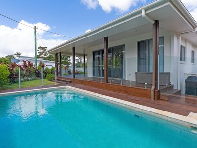 Photo for Relaxing Family 3 brm home with pool - 23 James St