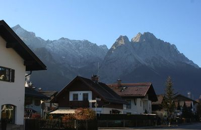 Photo for Perfectly-located/equipped. Superb views. Near ski slopes/public transport.