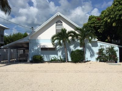 Photo for Charming And Spacious Waterfront Keys Cottage