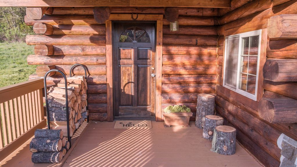 Superbe Property Image#5 LOST CREEK CABIN, Log Cabin Near Crater Lake, Rogue River