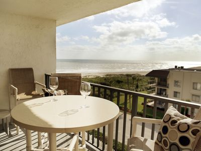 Photo for **Penthouse Ocean View Condo - Fantastic Location & Amenities