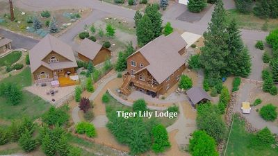Photo for SAVE 25% Remarkable Home-Views-Nr Suncadia! Hot Tub,Game Rm-POOL ACCESS