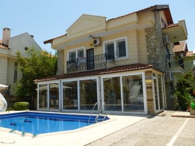 Family Friendly 10 Minutes to the Beach. Private Pool.