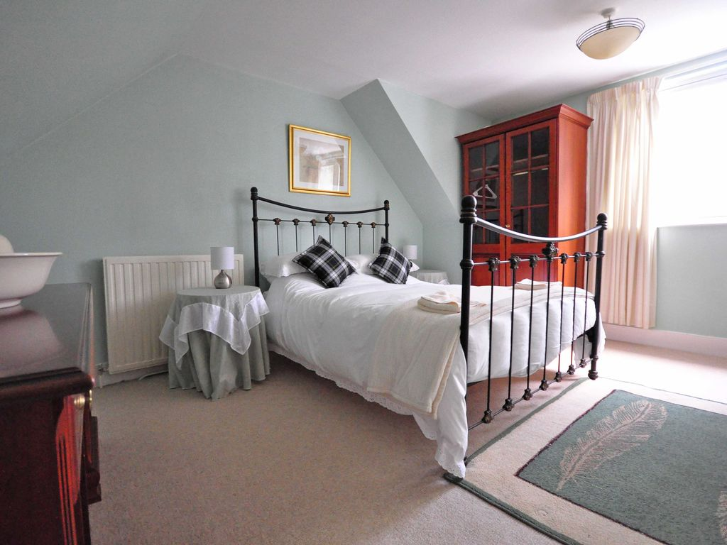 Bedroom detached house for sale in crathie ballater aberdeenshire - Glenbardie Perfect To Explore The Highlands Comfortable 870664