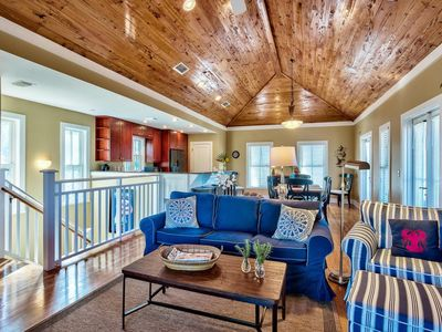 Photo for Charming 30A cottage with beautiful beach and steps to the pool! See Off30A.com!