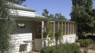 Photo for 3BR House Vacation Rental in Carisbrook, VIC