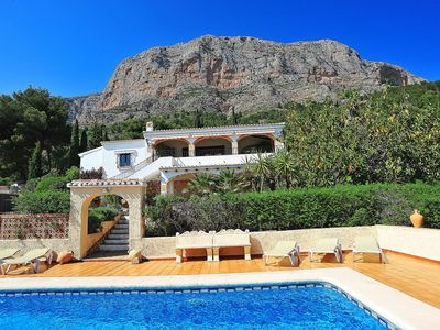 Photo for Wonderful private villa for 6 guests with private pool, WIFI, A/C, TV and parking