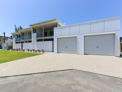 Photo for 2BR Townhome Vacation Rental in BARGARA, QLD