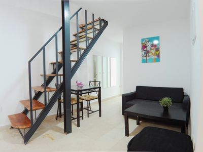 Photo for Great 150m2 furnished flat with 4 double beds AZ 3º D