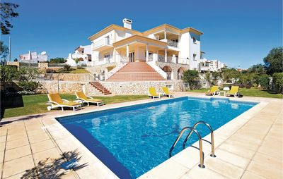 Photo for 7 bedroom accommodation in Albufeira