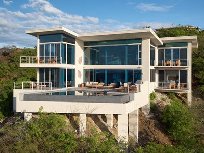 Photo for Wrap yourself in Luxury. Amazing Ocean Views. Private