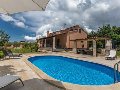 Photo for Holiday house with pool and garden