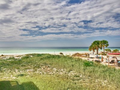 Photo for The perfect little getaway beach cottage 1BD/1BA with a Beautiful Gulf View! Free WiFi