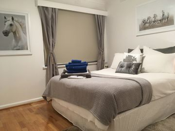 Ascot Vale, VIC holiday accommodation: Houses & more | Stayz