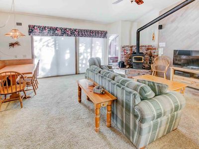 Photo for Spacious condo w/ private spa & BBQ, close to Village- perfect for families