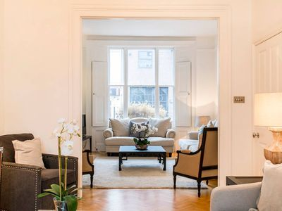 Photo for Divine 5 bed Townhouse in the heart of Chelsea