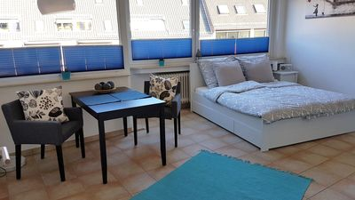 Photo for In the heart of Bremen city (WLAN, balcony, long-term rental possible)