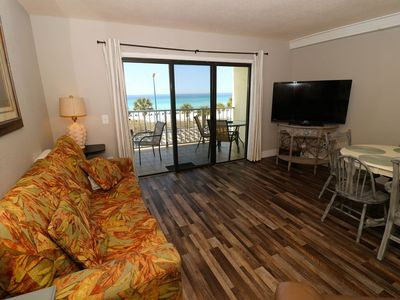 Photo for The Summit - 3rd Floor***Nicest Condo in the Complex. Includes beach chairs