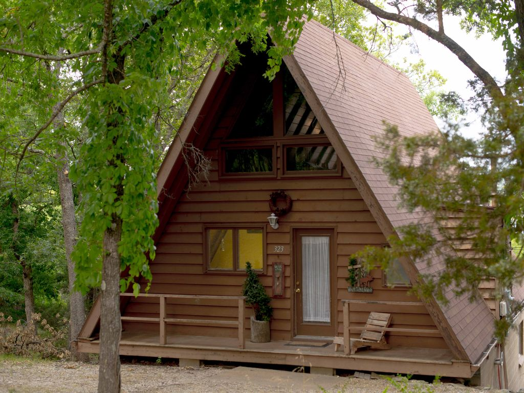 Table Rock Lake Front Cabin Sleeps 8 2 Min Vrbo