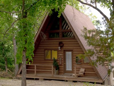 Photo for Table Rock Lake Front Cabin Sleeps 8, 2 minutes to SDC and Marinas!