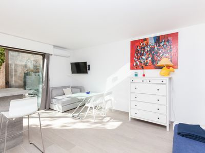 Photo for Charming studio of 30m² located in a high standing residence with pool