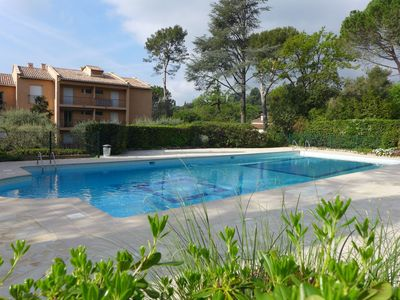 Photo for Lovely apartment for 4 people with WIFI, pool, TV and balcony