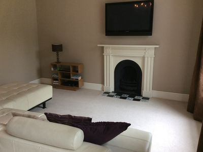 Photo for Lovely 2 bed apt with off street parking.