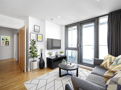 Stratford, London holiday lettings: Flats & more | HomeAway