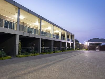 Fallsway Suites - Near National Assembly of Zambia