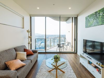 Photo for ★Sensational★ 1 Bed Apt in the Heart of SouthBank