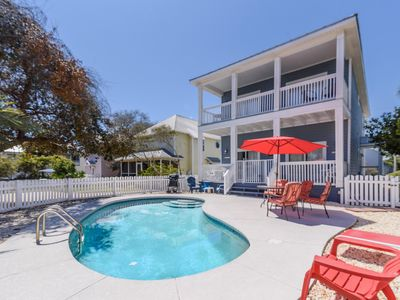 Photo for 60 second GOLF CART ride to white sand beaches, PRIVATE POOL!
