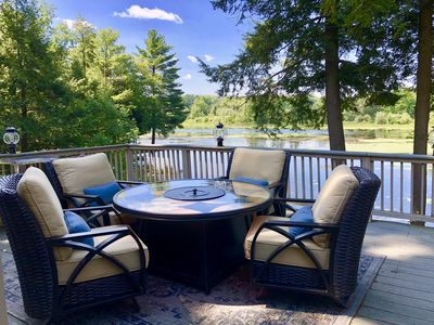 Magical Sunsets, Ultimate Comfort at Waterfront Retreat in Rural PA
