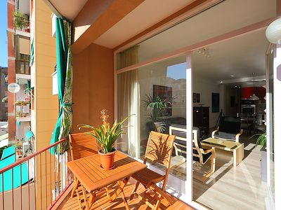 Photo for Apartment Eixample Dret Independencia Valenci in Barcelona - 5 persons, 3 bedrooms