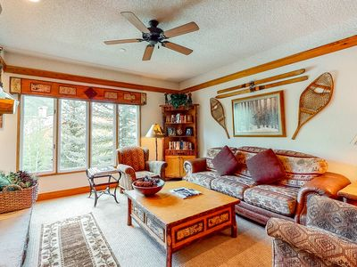 Photo for Family friendly ski-in/ski-out condo w/ fireplace, shared pool and hot tubs!