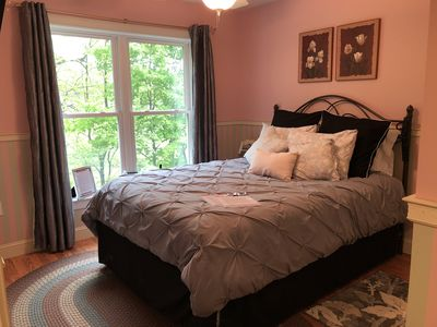 Photo for Private Room-Sweet Little Spot in VT-Queen Bed, Flat Screen TV