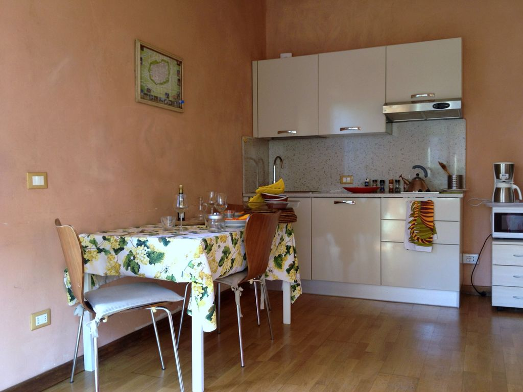Cosy apartment in Lucca, very close to hist... - VRBO