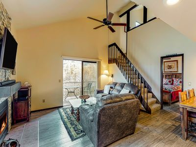 Photo for Cozy condo w/ mountain views plus shared pool, hot tub, tennis - close to skiing