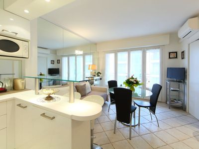 Photo for Apartment 125 m from the center of Cannes with Lift, Internet, Washing machine, Air conditioning (650223)
