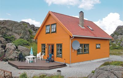 Photo for 4BR House Vacation Rental in Kvalavåg