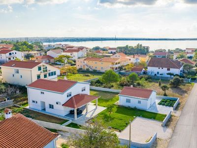 Photo for Beautiful holiday home Vesna 300 m from the beach