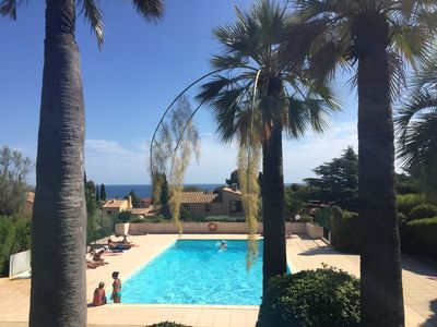 Photo for Apartment terrace VUR SEA in residence with PiSCINE 10mn walk from the sea