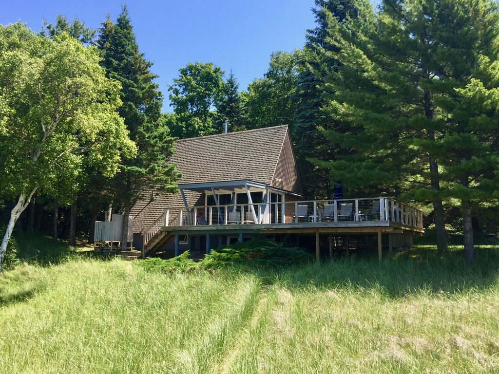 Russell A-Frame Cottage: Harbor Spring/Good Hart waterfront Cottage ...