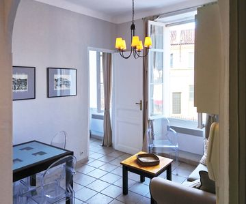 Photo for 1 bedroom flat Cannes, Suquet