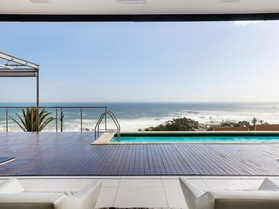 Photo for House in Cape Town with Internet, Pool, Lift, Balcony (712441)