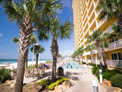 Photo for 14th Floor, West Tower, 4 Beach Chairs/2 Umbrellas, 1 Reserved Parking, Wifi