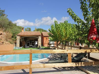 Photo for Quietly located holiday home with private pool and summer kitchen, 2.3 km from village
