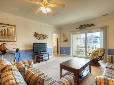 Photo for Amazing Lake View Condo! Washer/Dryer & FREE WiFi