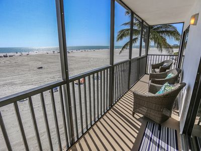 Photo for Welcome to Island Winds #303  your luxurious gulf-front address in paradise.