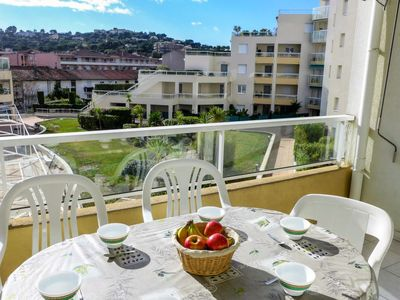 Photo for Apartment Turquoise in Cavalaire - 6 persons, 2 bedrooms